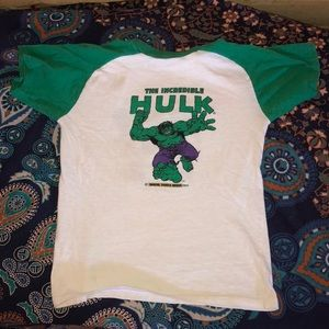 VTG 1975 Incredible Hulk 2 sided t-shirt. S-14/16